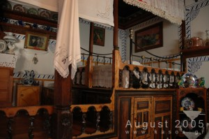 Traditional_House_Hor_002