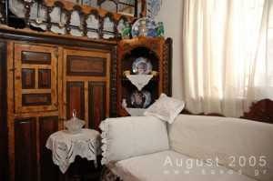 Traditional_House_Hor_008